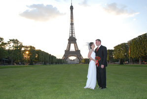 Wedding_Photography_Eiffel_Paris_19.jpg